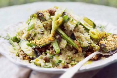 Insalata di quinoa e zucchine agrumata agli oli essenziali