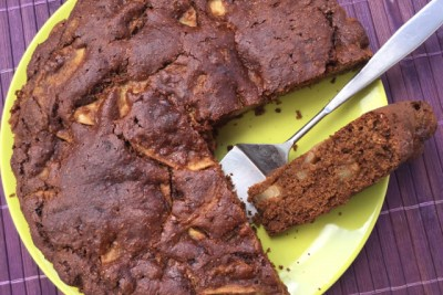 Torta vegana carrube e pere senza zucchero